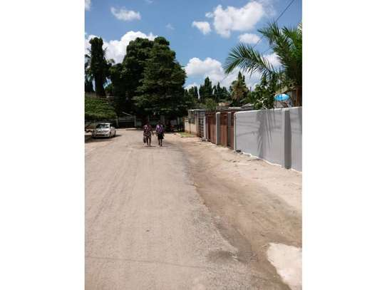 3 bed room house for rent at block  kinondoni moroco area image 1