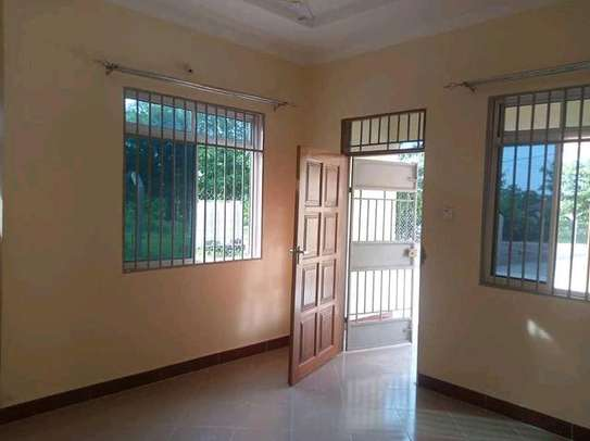 MBEZIKIBANDACHAMKAA - 2BEDROOM UNFURNISHED image 7