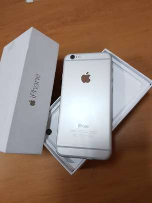 BRAND NEW I PHONE 6 FOR SELL image 2