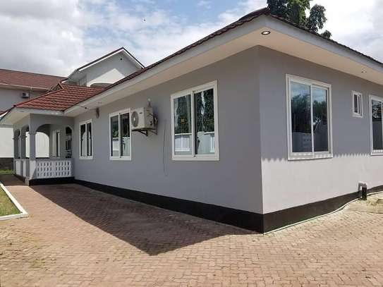 HOUSE FOR RENT (MBEZI BEACH)