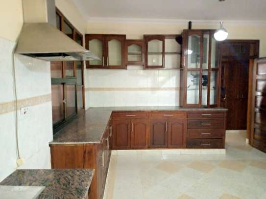 5 bed room house for rent at masaki image 15