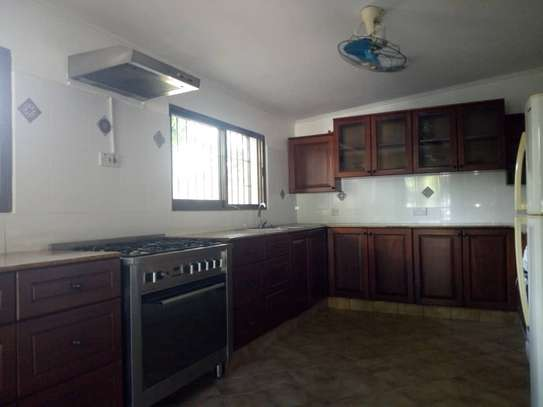 3bed house at regent estate $2000pm image 14