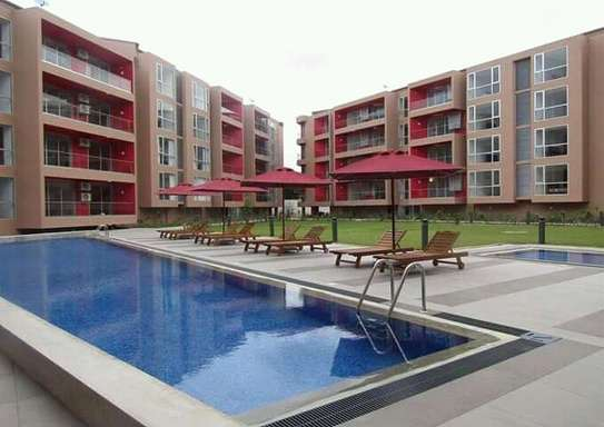 3 Bedrooms Luxury Apartment in Oysterbay