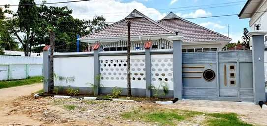 2bed brand new house at mikocheni $500pm image 8