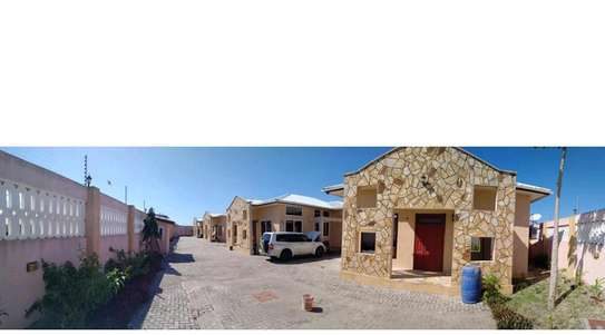 4 Apartments on compound for sell