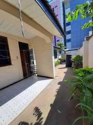 cheap house  for sale at masaki  dont miss ...just to solve probleams area 922sqm image 12