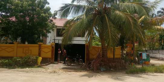 8bed house at Mikocheni $1500pm image 2