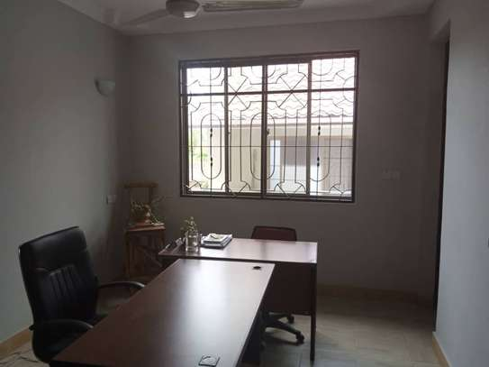 4bed apartment  3bed ensuet available image 8