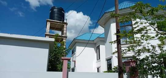 5 bed room house for sale at kigamboni image 2