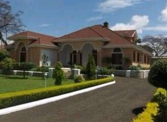 AVAILABLE FOR RENT  A 5 BEDROOM VILLA  IN ARUSHA image 1