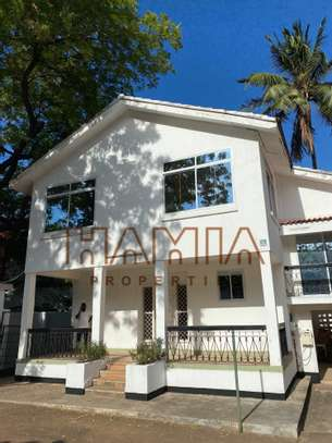 3 BdrmVillas for rent in Masaki image 1