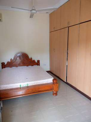3 bed room big excutive apartment for  rent at mikocheni image 6