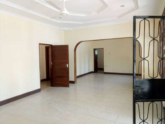3 Bdrm Stand Alone House in Ada Estate image 5