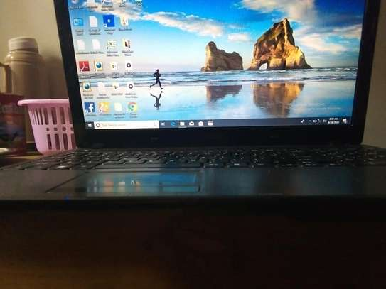 Acer laptop image 3
