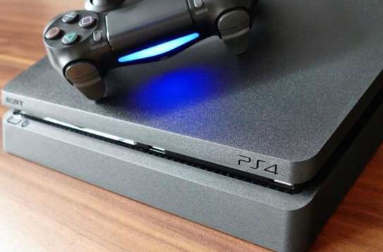 PS4 Slim For sale image 1