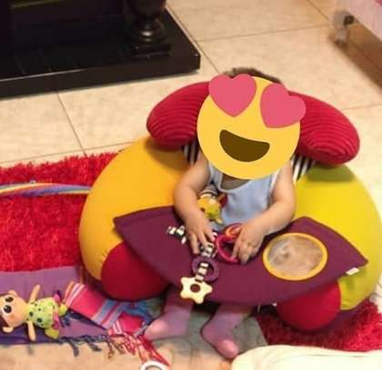 Baby sitter image 1