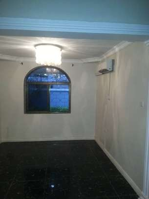 4 bed room house for rent at morroco near best bite image 2