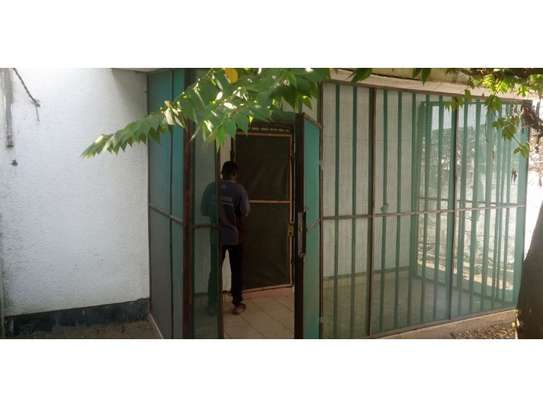3bed house at mikocheni regent  on main rd i deal for office  with nice price image 4