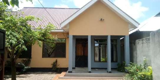 new 3BED HOUSE AT KIGAMBONI KIBADA TSH 50MLnear main rd image 3