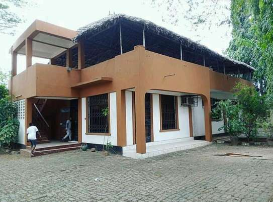 a standalone partially furnished is for rent at msasani very cool neighbour hood image 1
