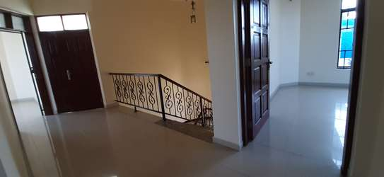4 Bedrooms House For Rent in Msasani image 7