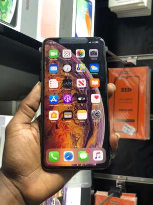 iPhone XS Max 64GB GOLD for sale image 6