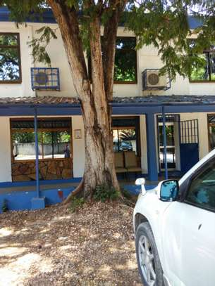Stand alone office space in Namanga for rent image 1
