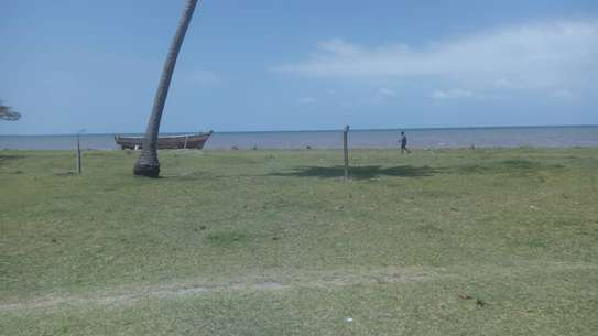 beach plot 60 acre for sale at bagamoyo town image 3