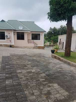 3bedroom house for rent at Goba image 1