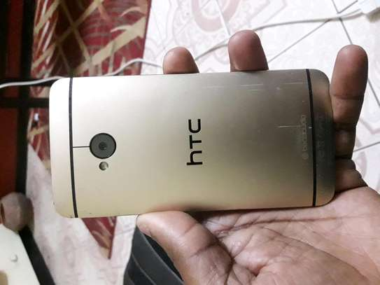 HTC ONE M7 for sale