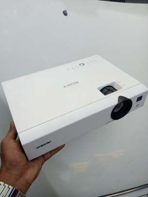 Sony Projector image 2