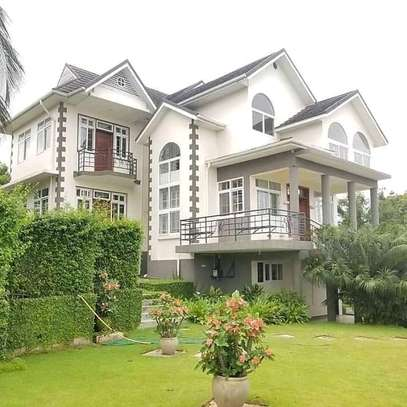 3bed house at top hill of salasala kilimahewa tsh1800000 image 2