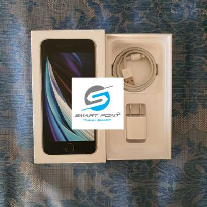 Used iPhone SE 2020 Excellent Condition Like New image 5