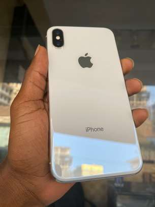 iPhone X 64GB Silver for sale image 1