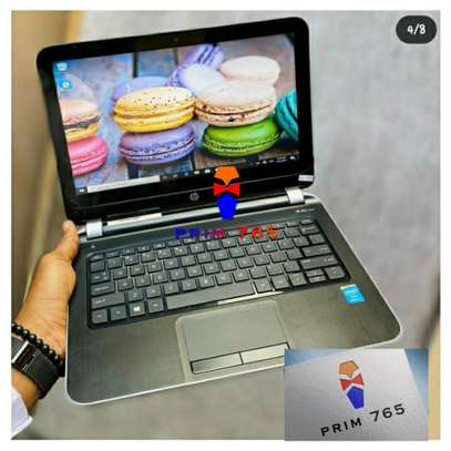 Hp 210 G1 core i3 touch screen portable image 3