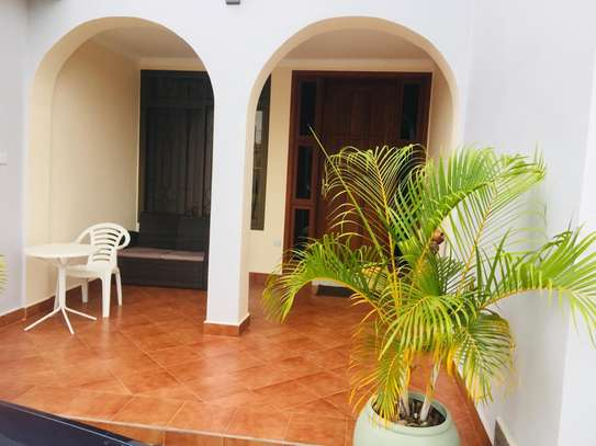 3 bed room house for rent at kunduchi image 1