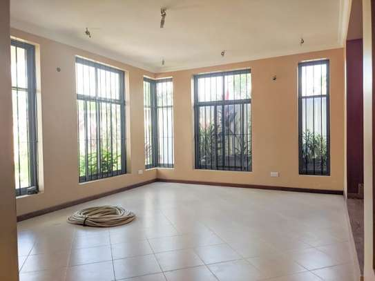 4 bed room for sale at kibada tsh 400mil amazng house image 3