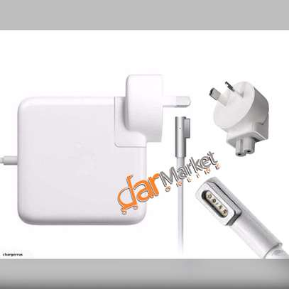Laptop Chargers & Batteries - for macbook pro image 3