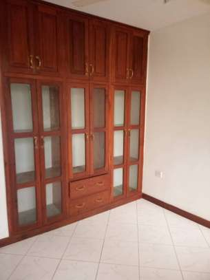 5 bed room house for rent at mikocheni image 2