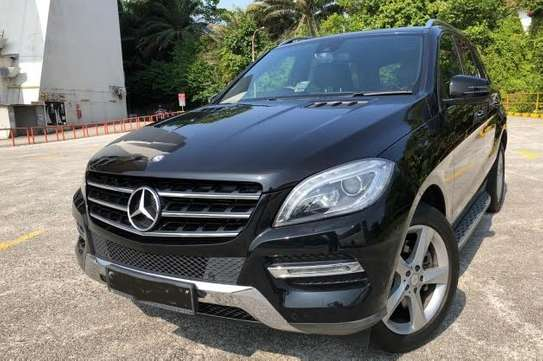 2013 Mercedes-Benz ML 350 4MATIC USD 20000 UP TO DAR PORT TSHS 76MILLION ON THE ROAD image 3