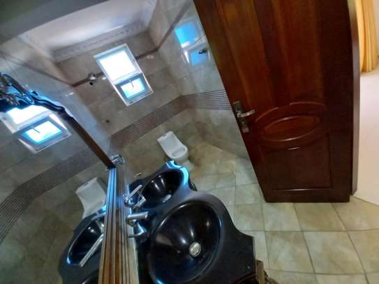 3bhk luxury apartment for rent fully furnished image 12