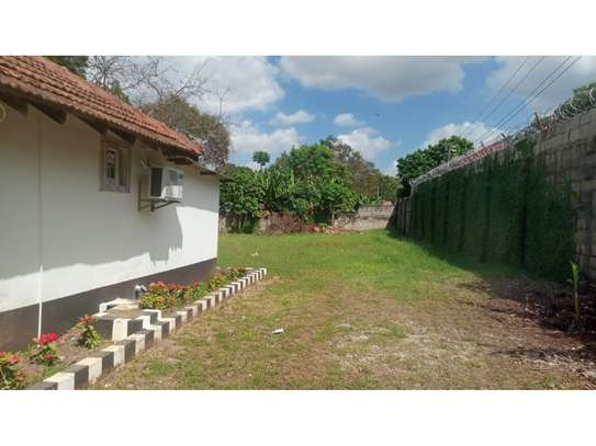 2 bed room house for rent at oyster bay zambia road near kenya embassy image 3