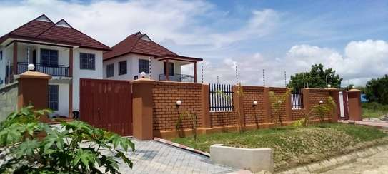 3bed house at mbweni