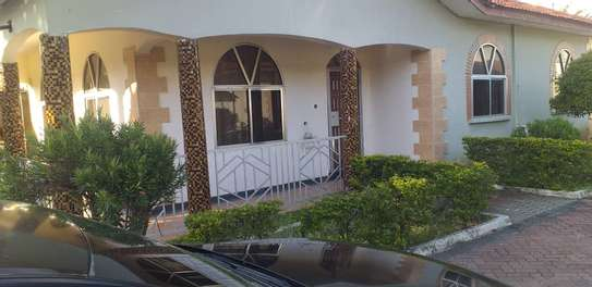 3 bed room stand alone house in the compound for rent at mikocheni kwa mwinyi image 1