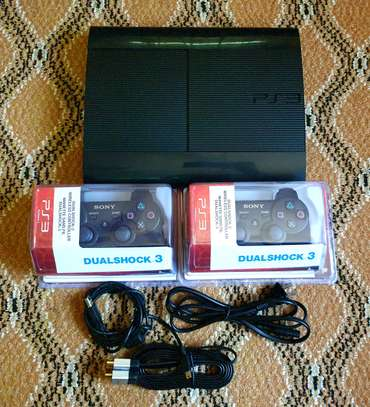 PLAYSTATION3 500GB WITH 50 GAMES INATALLED