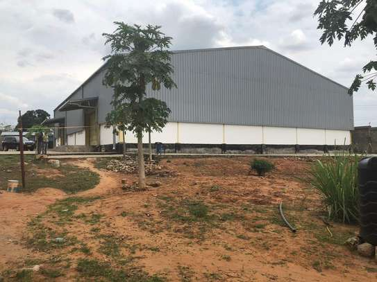 9acres Industrial Plot with a Brand new Warehouse in Mlandizi image 6