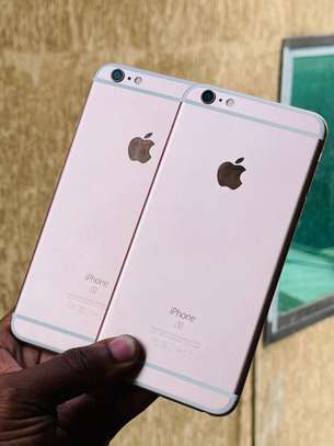 iphone 6s plus onsale image 1