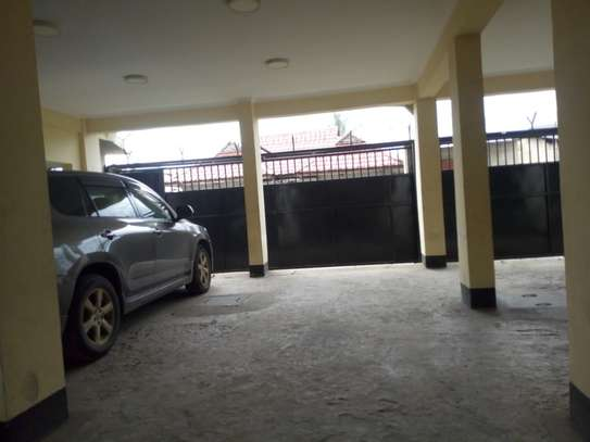 2 bedroom apartment in Msasani Tsh 700,000/- image 6