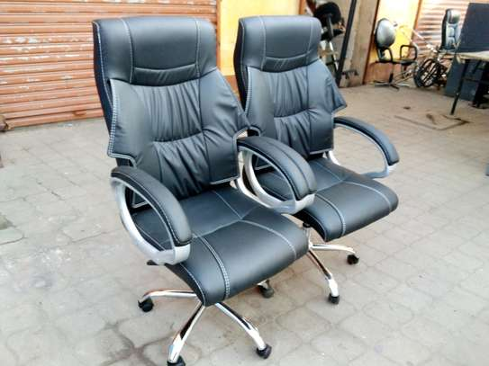 Office chairs image 1