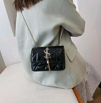 2021New trendy Fashion Casual All-match chain shoulder bag image 3